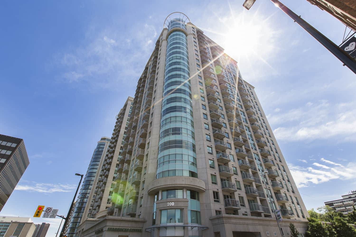 1007-200 Rideau luxury condo for sale central with concierge and security