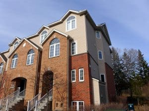90 Steele Park Private - End Unit 2 bed 3 bath near light rail stations for sale. Ottawa