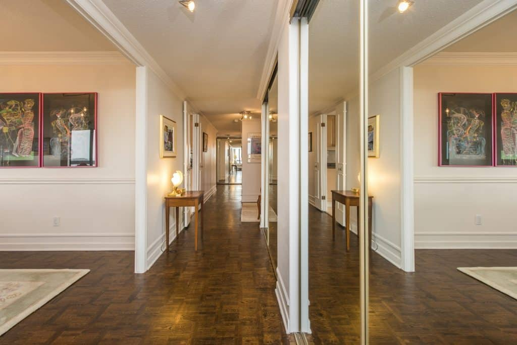 1102-20 The Driveway - 1600 square feet of elegant condo space above the Rideau Canal - downtown Ottawa