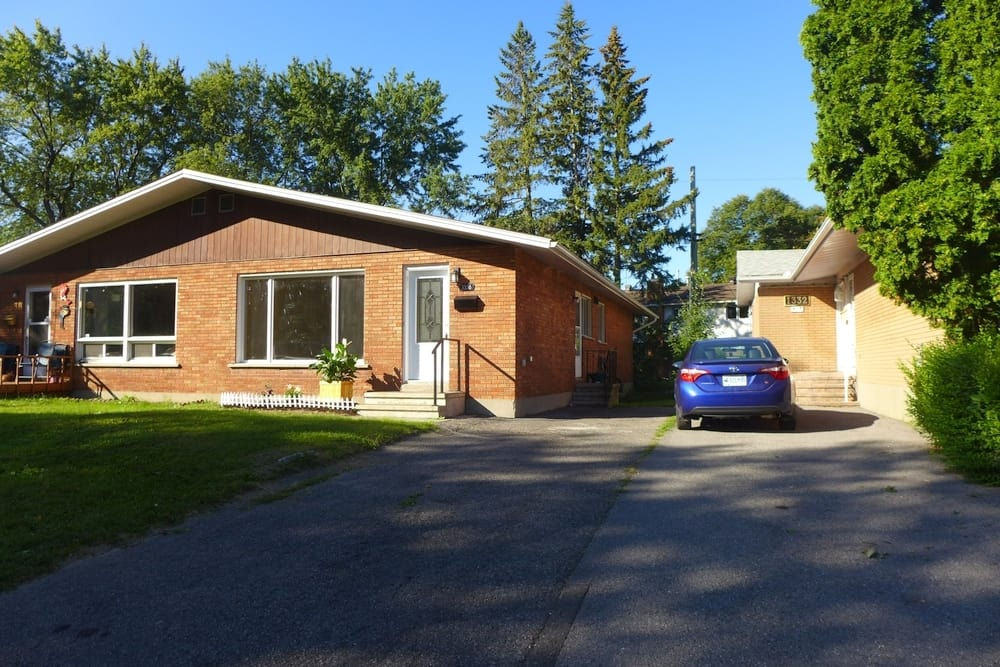 1336 Henry Farm Ottawa - 3 bed all brick bungalow for sale in Copeland Park