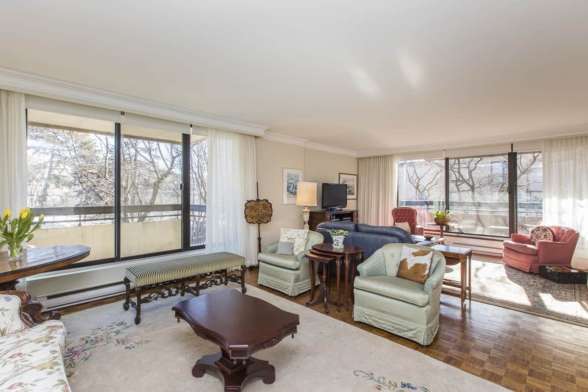 201-20 The Driveway luxury 1600 sq ft condo on the Rideau Canal in downtown Ottawa
