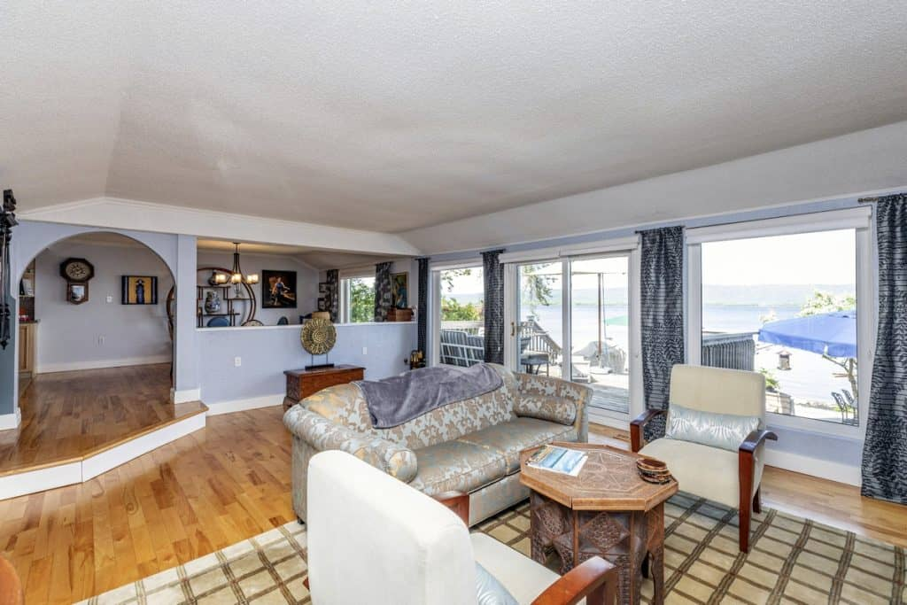 472 Bayview Drive 0ttawa - Constance Bay Waterfront Beach House and Home for sale