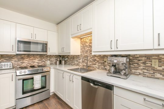 nicely updated 3 bedroom town homes for sale in Fallingbrook Orleans 515 Sidney Drive Ottawa