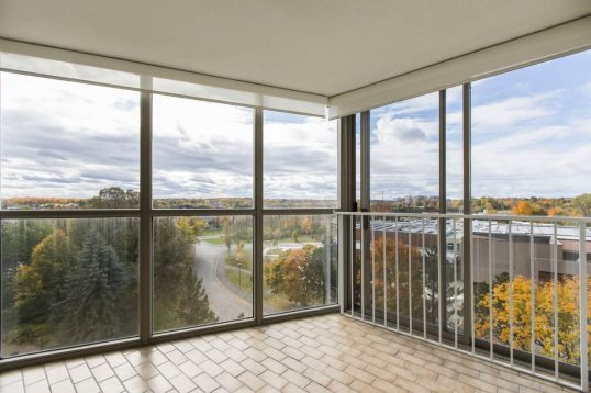 704-960 Teron Rd 2bed 2bath condo for sale with solarium
